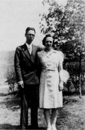 Paul and Lillie Hylton in 1942.