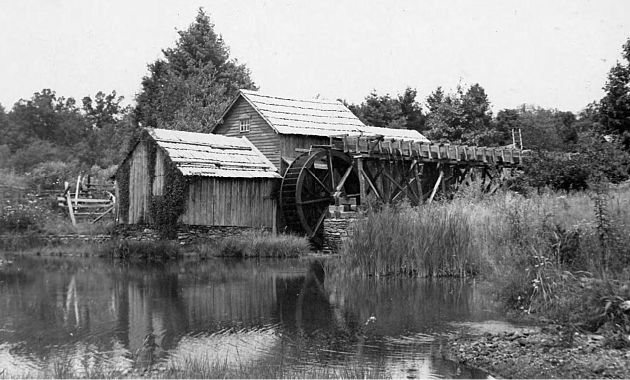 View of Mabry Mill, located off of the Blue Ridge Parkway near milepost 176.1 in section 1T. Image taken from the North Carolina State Archives.