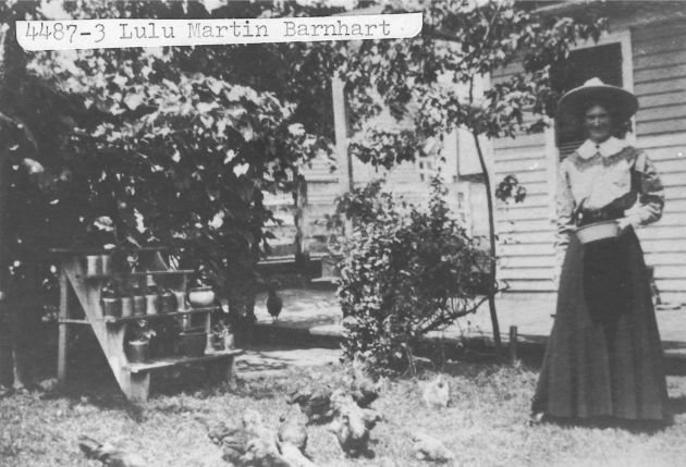 [4487-3] Lulu Martin Barnhart beside her home in Calloway, Virginia.
